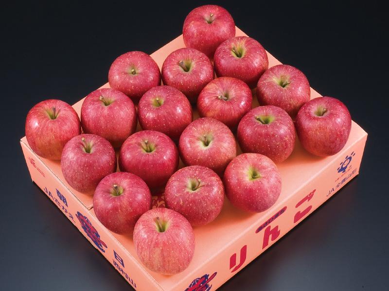 朝日町産特秀サンふじりんご特秀蜜入約5kg16〜18玉